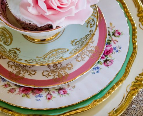 Vintage plates for hire London