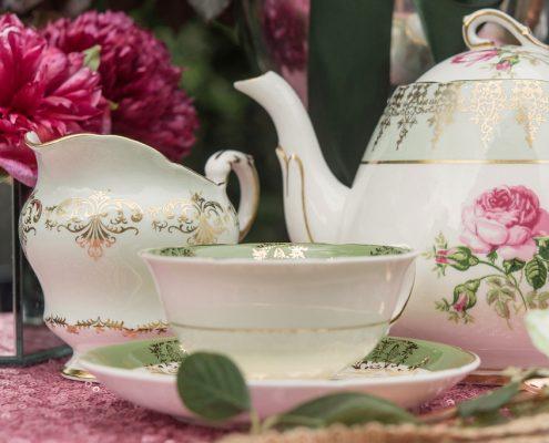 Vintage teapot hire kent