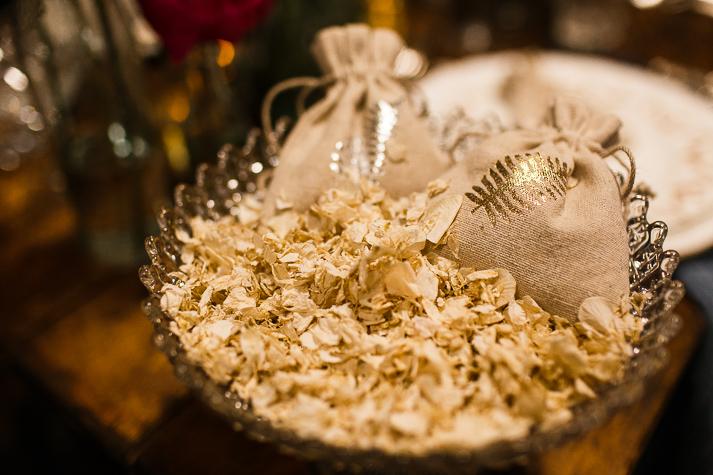 Gilded Fern natural confetti