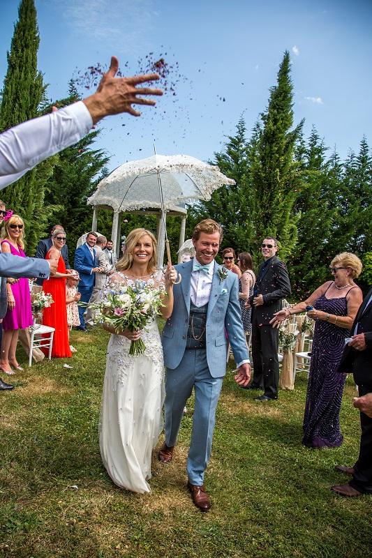 Vintage parasol wedding